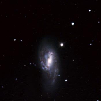 Galaxie Messier 66
