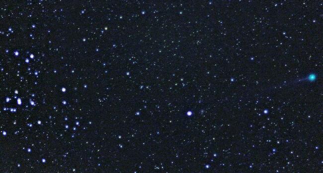Komet Lovejoy passiert die Hyaden