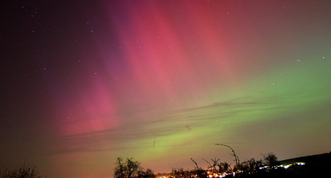 Heftiges Polarlicht über Huchenfeld