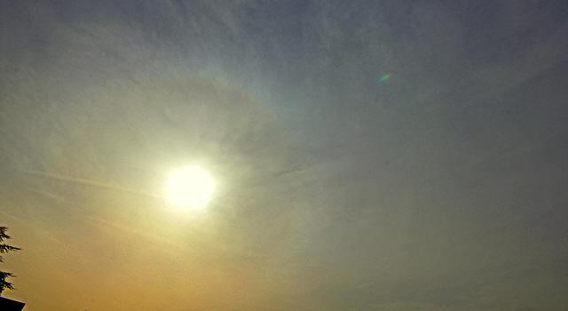Sahara-Staub verdunkelt  den Himmel