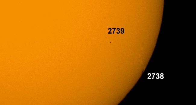 Sonnenflecken 2738 und 2739