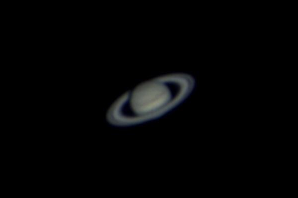 Saturn tief am Südhimmel